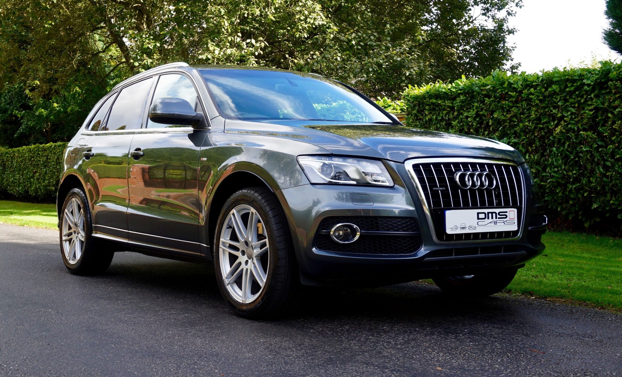 audi q5 3 0tdi s line quattro dms cars. Black Bedroom Furniture Sets. Home Design Ideas